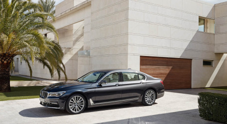 BMW 7 series range will get a 740d model this november, with a new 320 hp engine