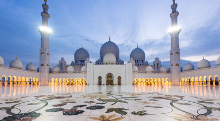Abu Dhabi – Sheikh Zayed Grand Mosque