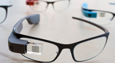 Google Glass is back! But now it's for businesses?